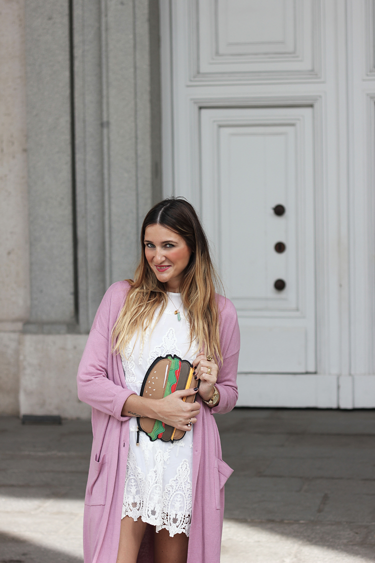 street-style-look-cardigan-white-dress