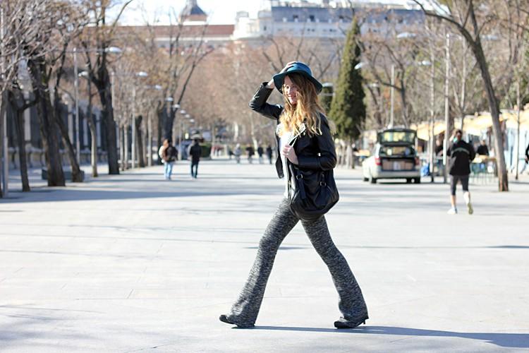blue-hat-street-style