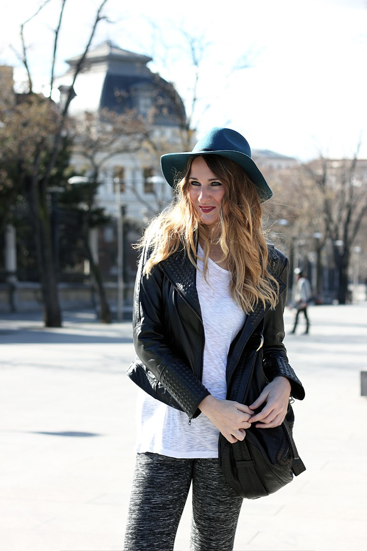 leather-jacket-black-street-style