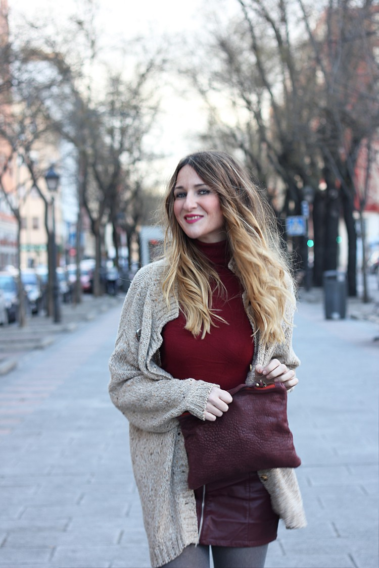 total-burgundy-look