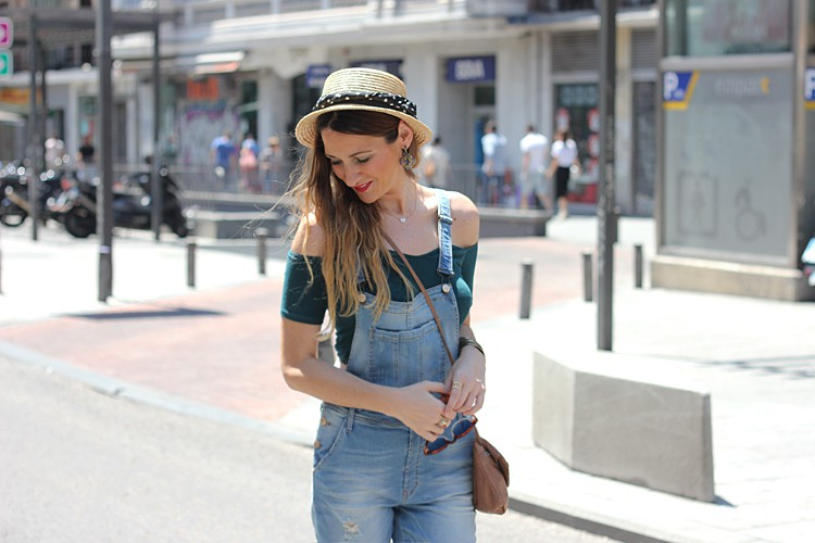 off-shoulder-top-street-style