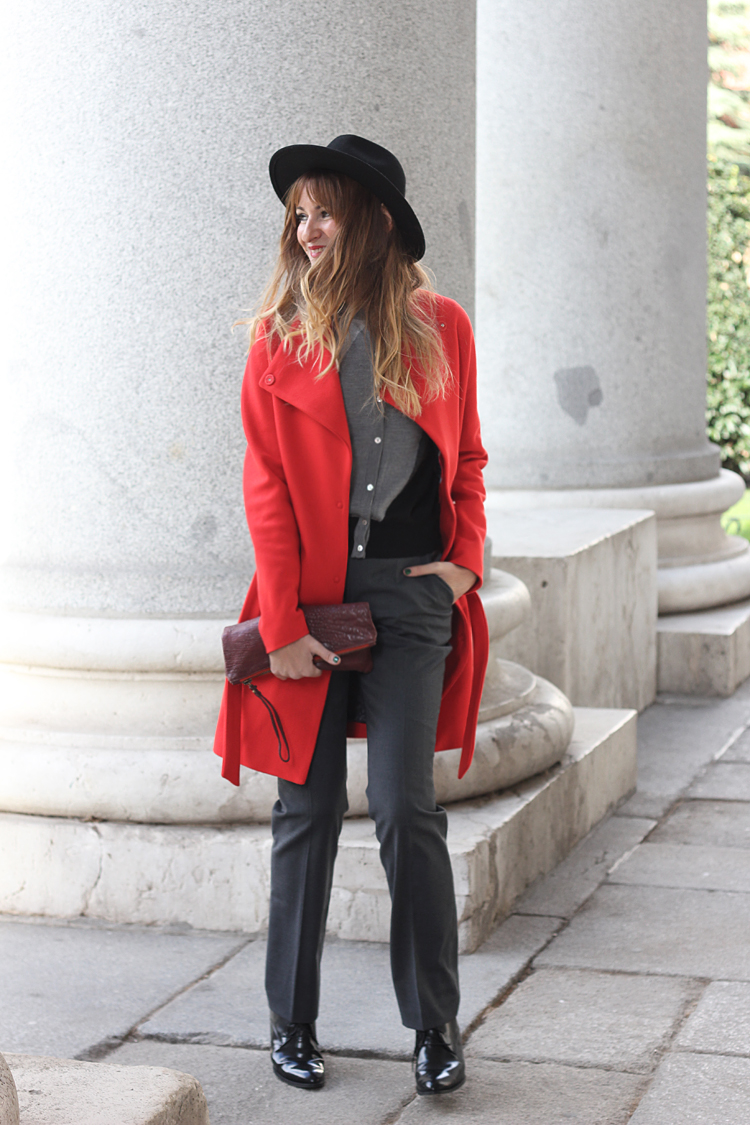 redoute_coat_red