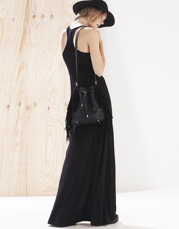 Vestido negro stradivarius
