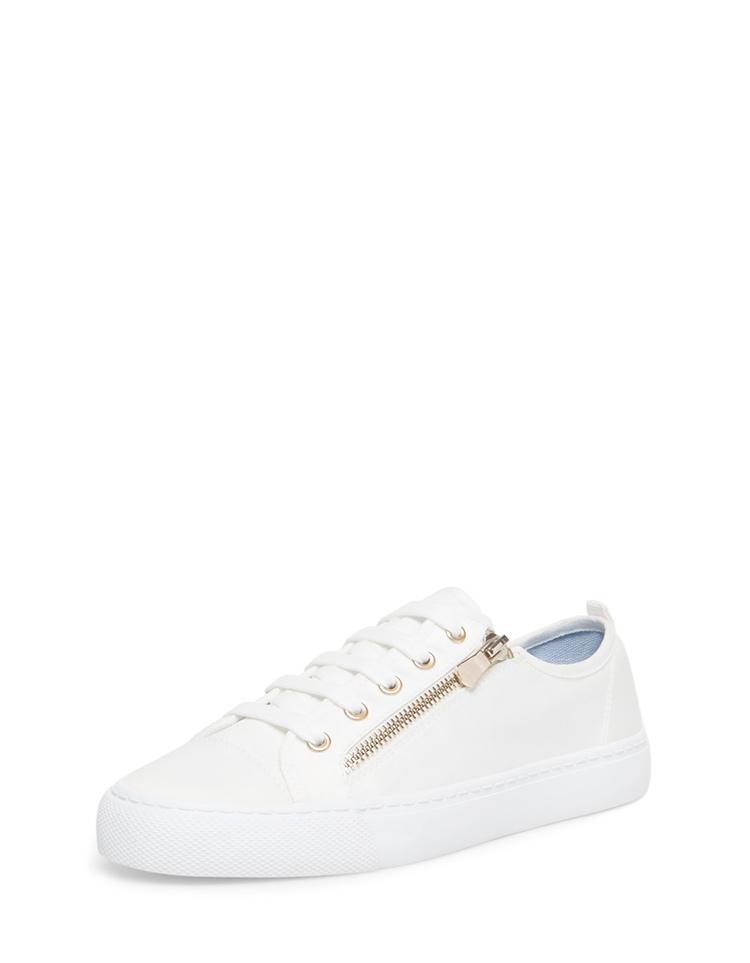 sneaker-blanca-stradivarius-blog-stylelovely