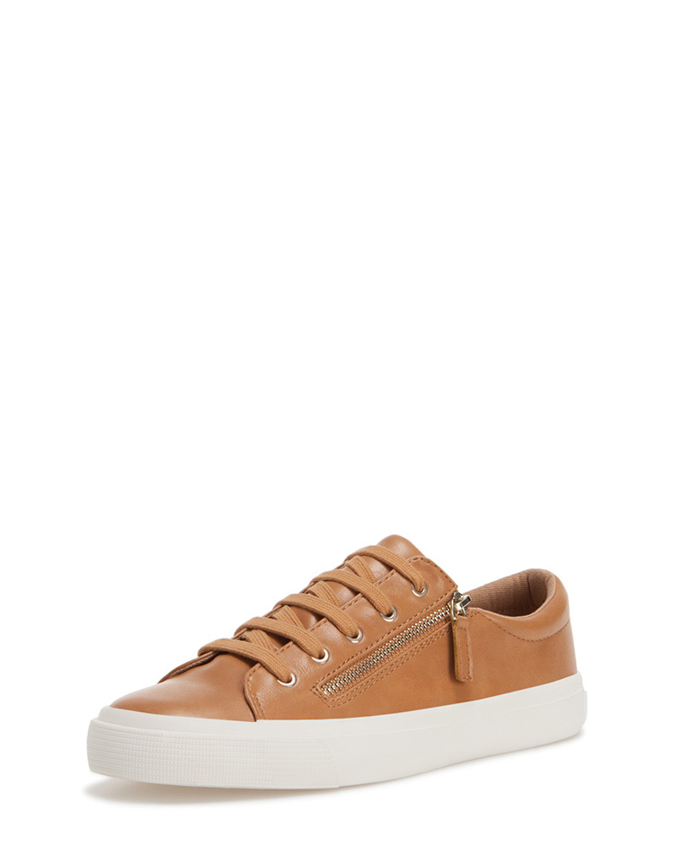 sneaker-stradivarius-blog-cuero-stylelovely