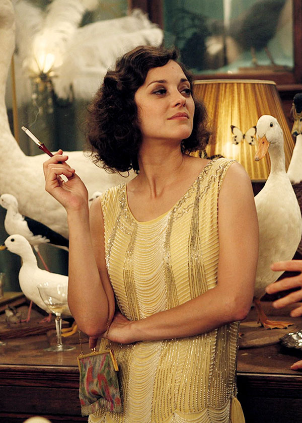 Mp How Many People Worked With You In The Costume Design Department Midnight Paris Sg Woody Allen S Films Are Independent And We Don T Have