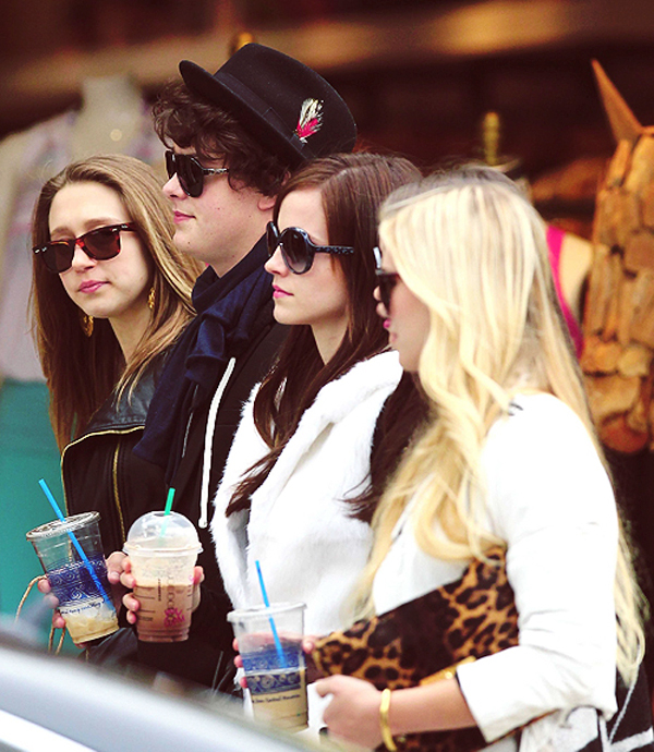 Trailer: The Bling Ring, with Emma Watson by Sofia Coppola-1764-monicaparga