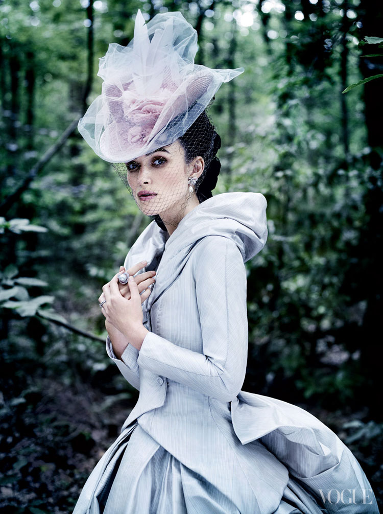 Anna Karenina in Vogue: Keira Knightley, Jude Law, and Aaron Taylor-Johnson-1810-monicaparga