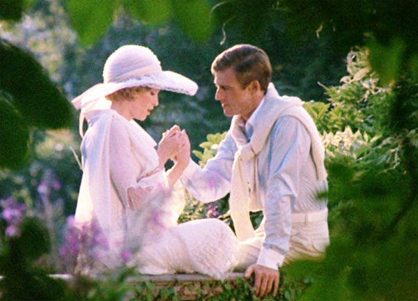 The Great Gatsby: 1974 version with Robert Redford and Mia ...