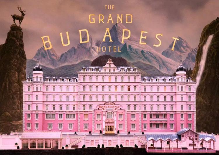 Check-in en 'The Grand Budapest Hotel' de Wes Anderson, vestuario de Milena Canonero-3307-monicaparga