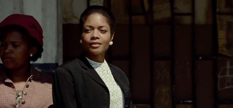 'Mandela: del mito al hombre': El vestuario de Naomie Harris en el papel de Winnie-3859-monicaparga