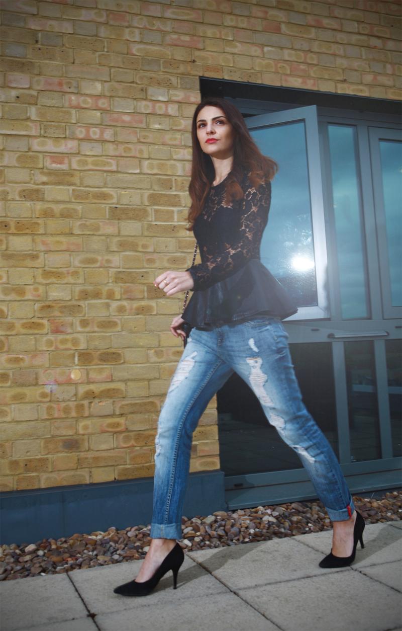 LACE PEPLUM + BOYFRIEND JEANS-6374-stylissim