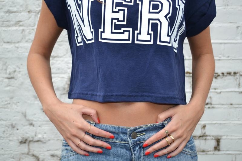 boyfriend jeans crop top11