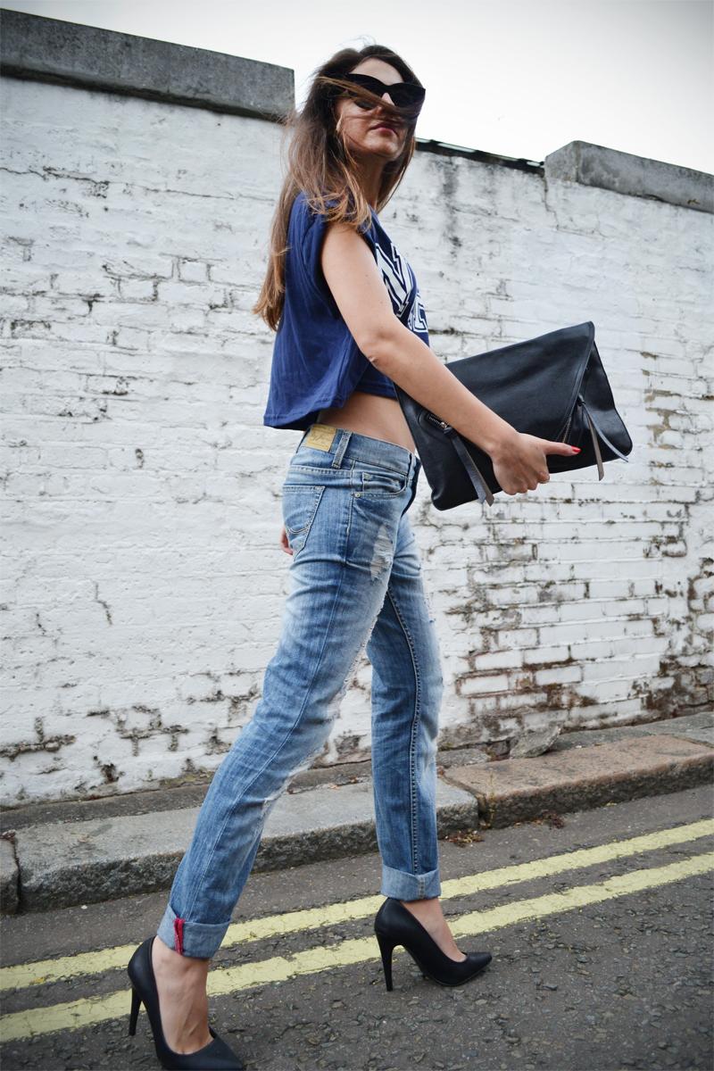 boyfriend jeans crop top4