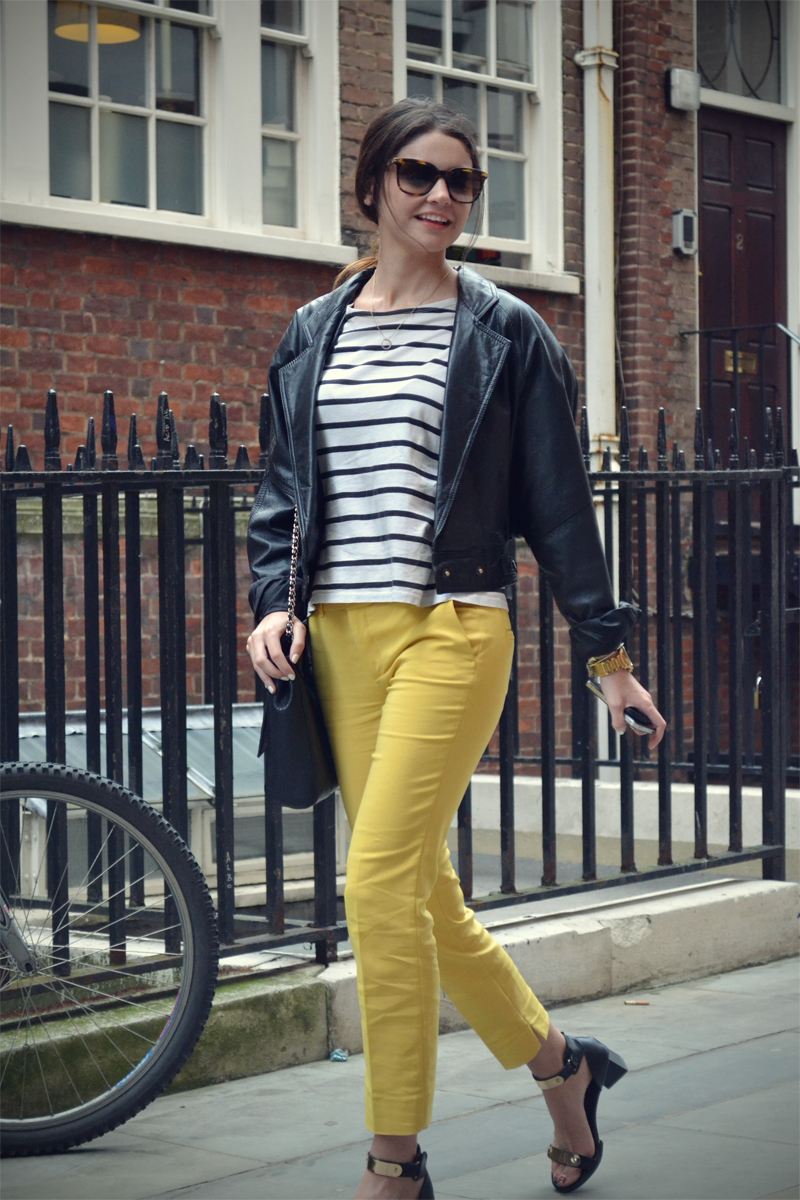stripes yellow strretstyle