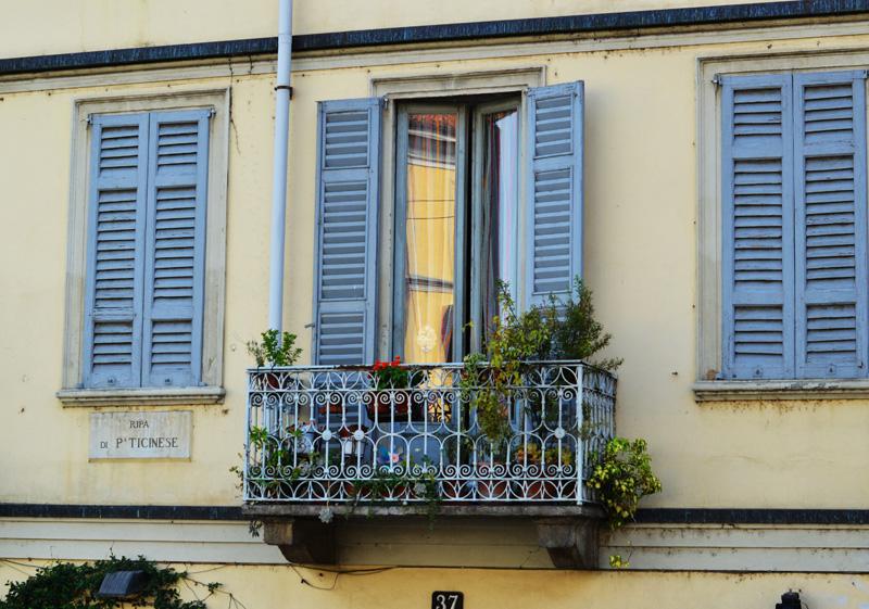 italia balcony