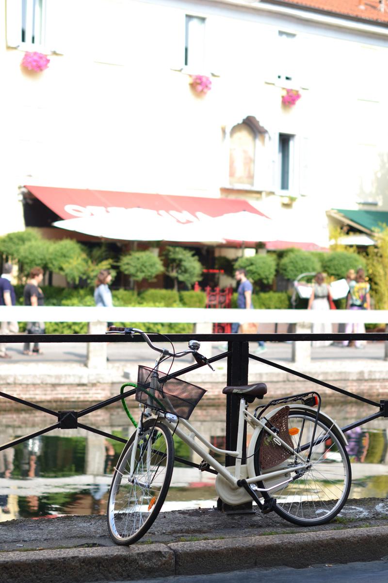 navigli milan bike