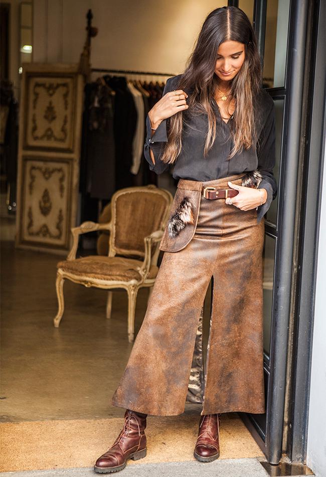 falda midi marrón de T.ba