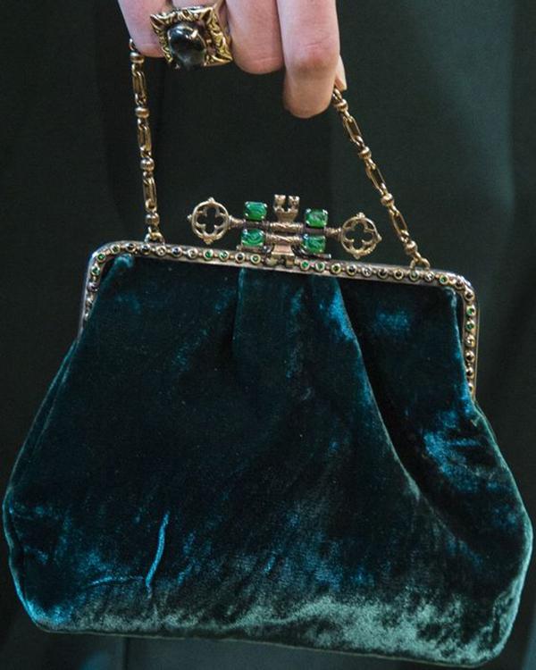 verde esmeralda bolsos de terciopelo