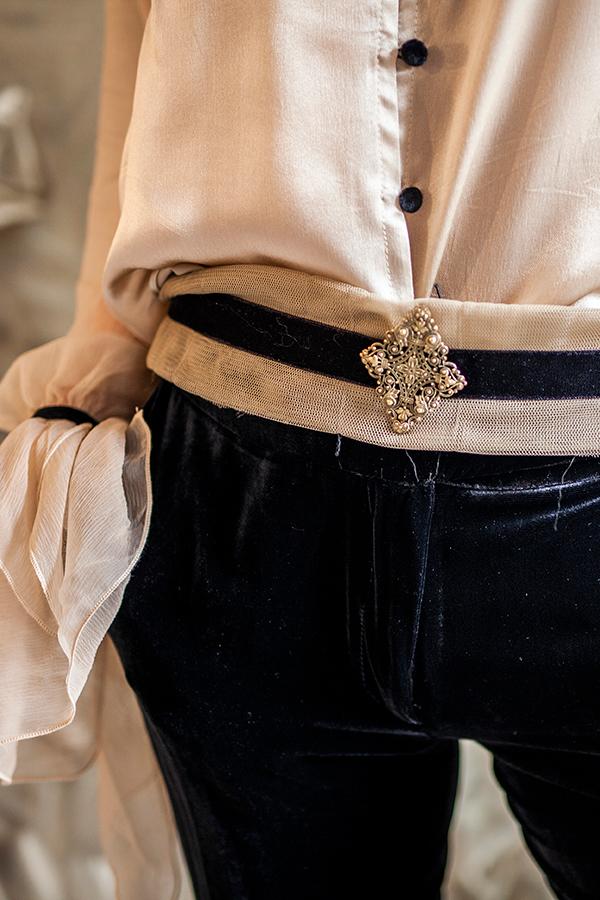 Cinturón con detalle de terciopelo de T.ba