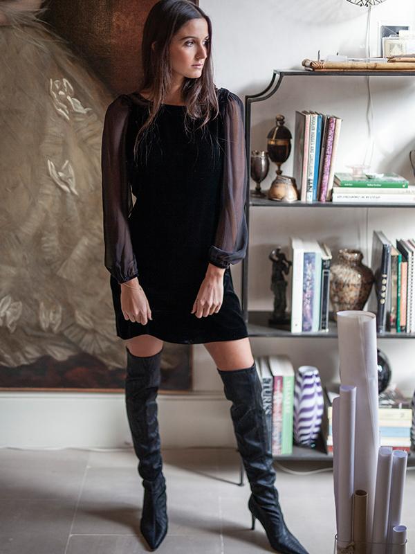 vestido negro de T.ba con mangas abullonadas prendas vaporosas