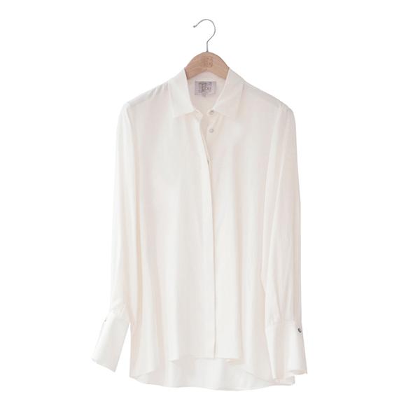 Camisas básicas de T.ba en blanco