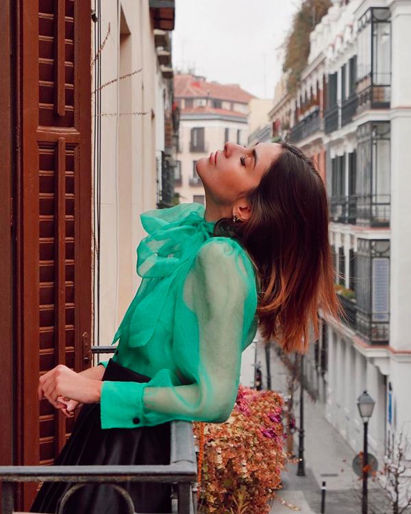 Mery Turiel Blusa verde de organza