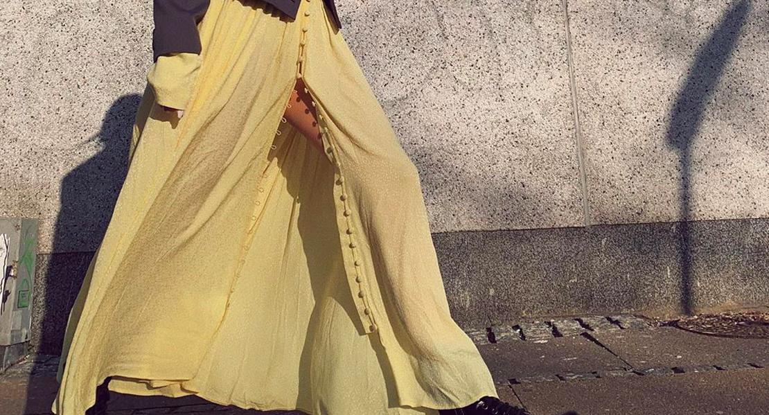 prendas en color amarillo primavera 2020