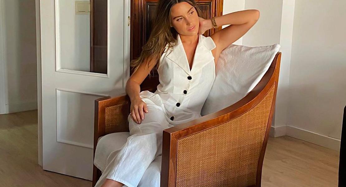 looks Alba Hervás