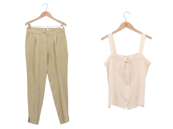 Look con pantalón beige y top romántico