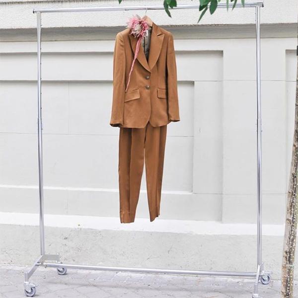 © T.ba trajes de dos piezas