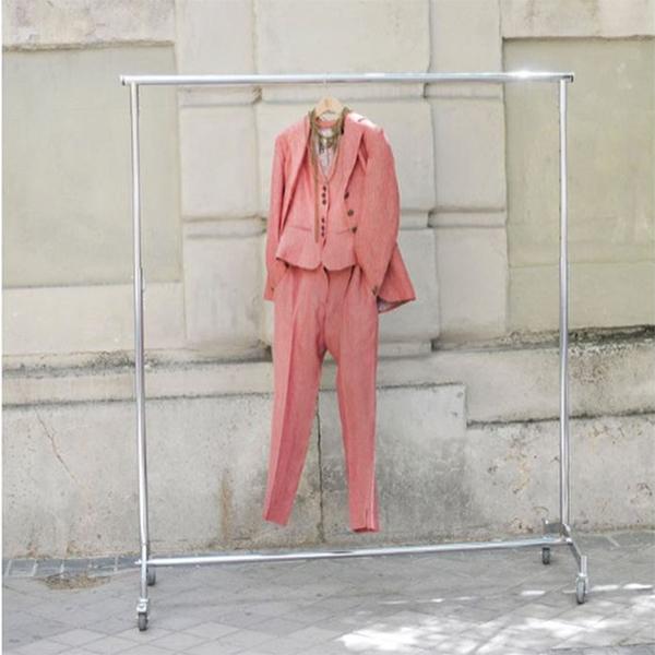 © T.ba traje de dos piezas rosa