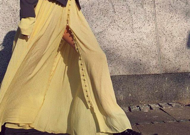 En esta primavera las prendas se tiñen de color amarillo