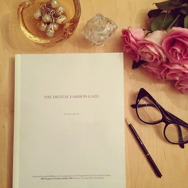 Una Tesis en Fashion Studies-1365-vanguardstyle