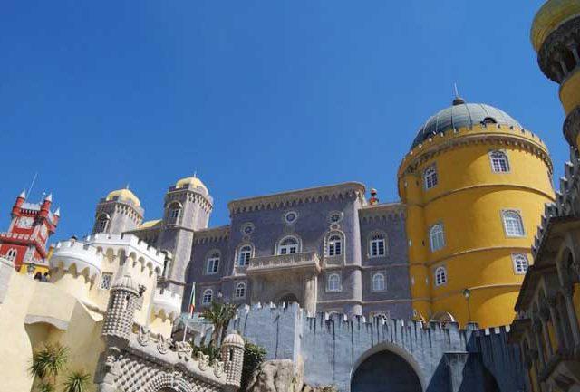 El turismo en las costas de Lisboa, Viajar a Lisboa