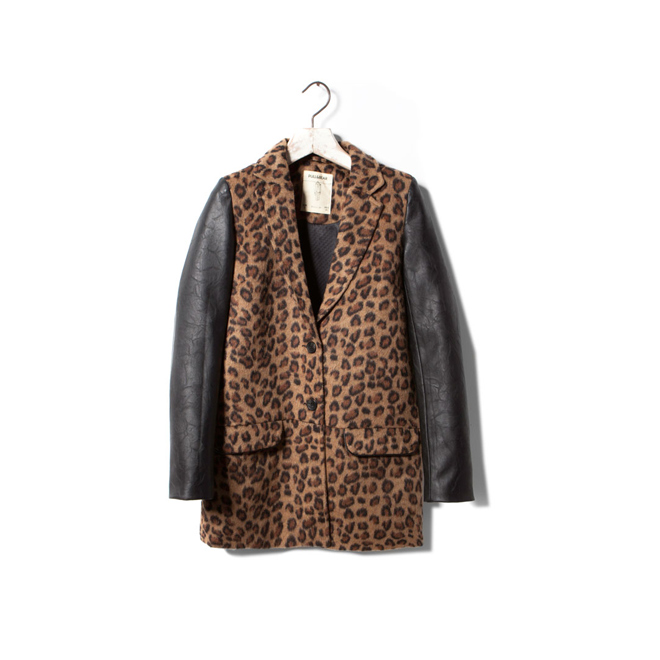 Abrigo combinado de piel y leopardo