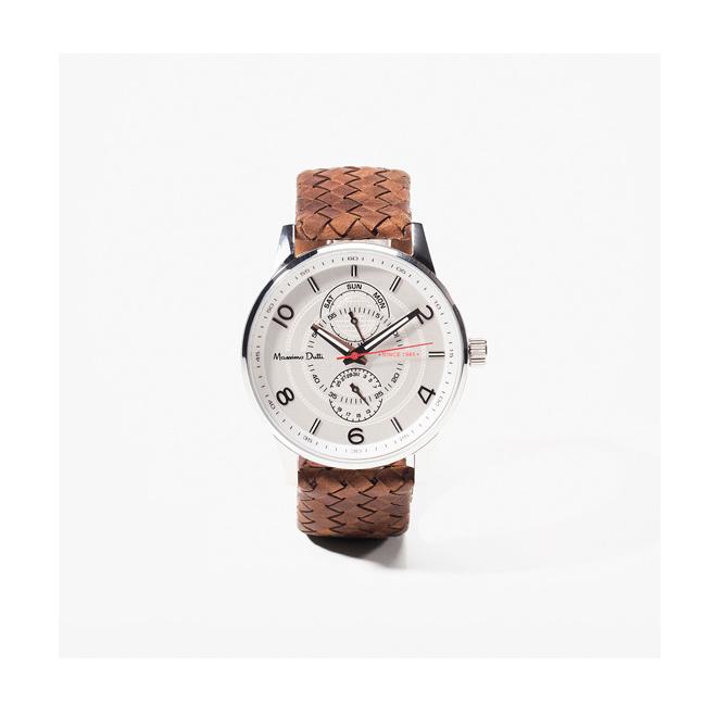 Reloj con correa marrón