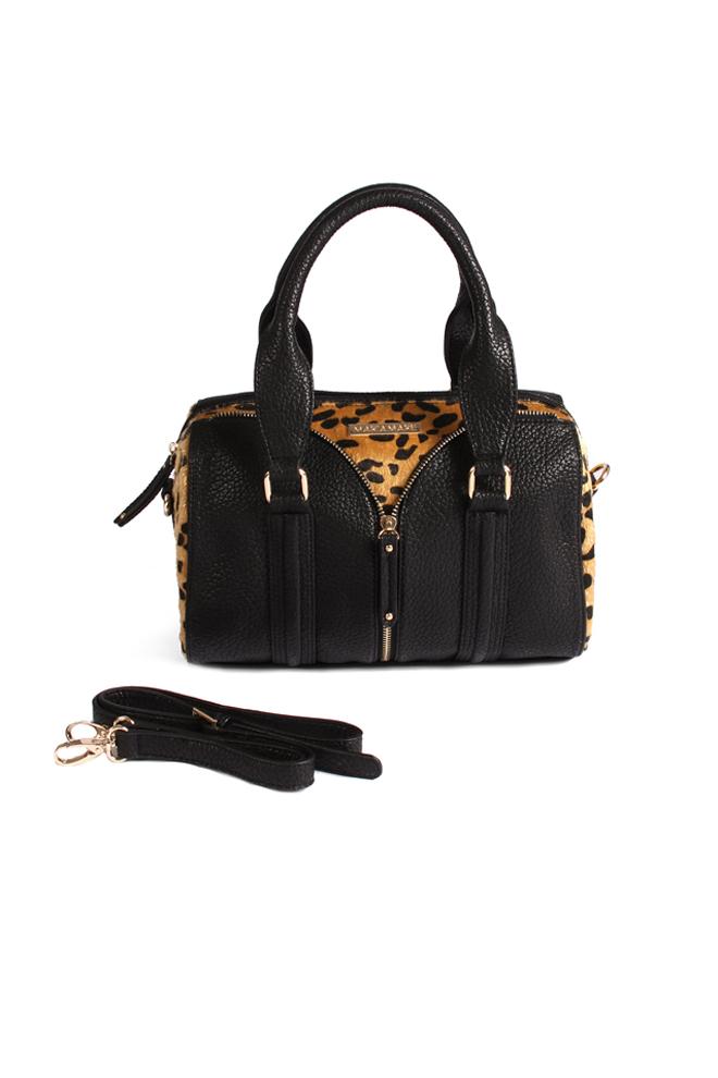 bc43f4fb9 Bolso negro con detalles de leopardo