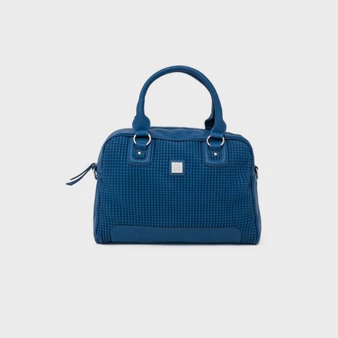 Bolso azul con cuadrícula en relieve