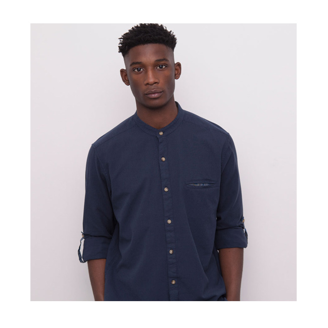Camisa con cuello mao