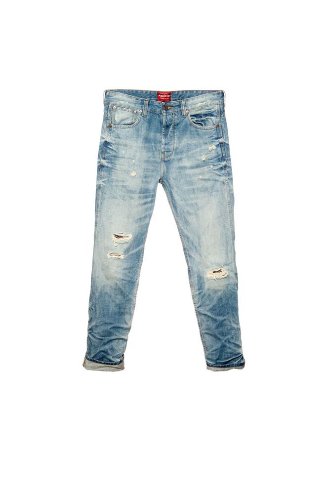 Pantalones vaqueros desgastados