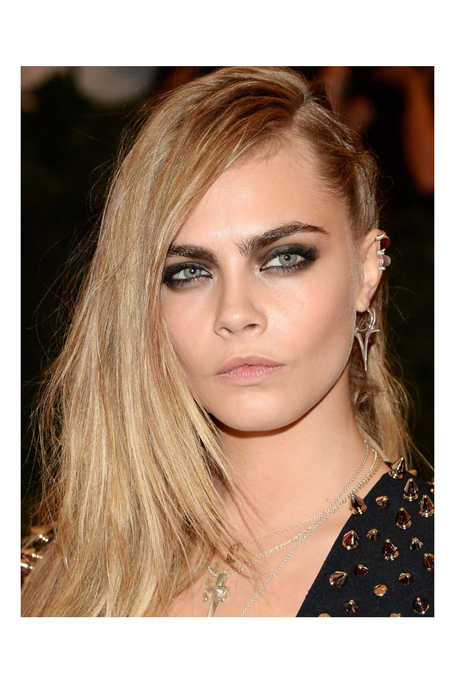 Consigue el look beauty de Cara