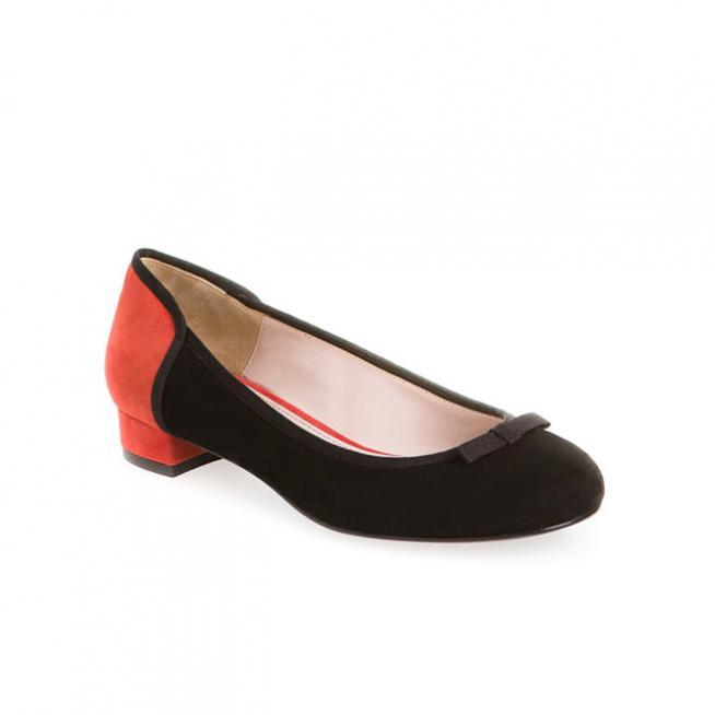 Bailarina roja y negra