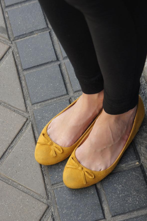 bailarinas amarillas