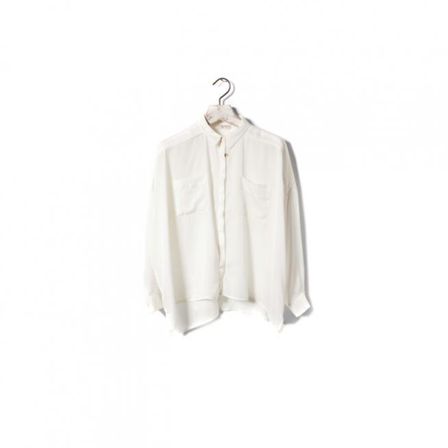 Camisa oversize en blanco