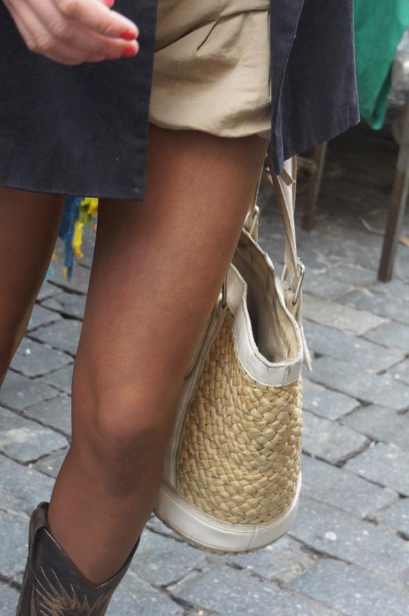 estilismo chica bolso cesta