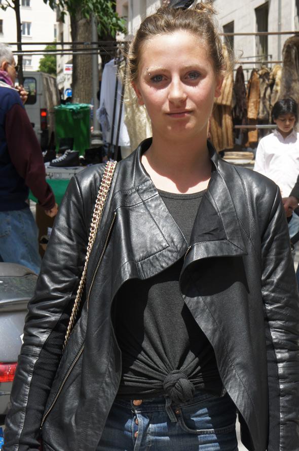 estilismo chica chaqueta cuero