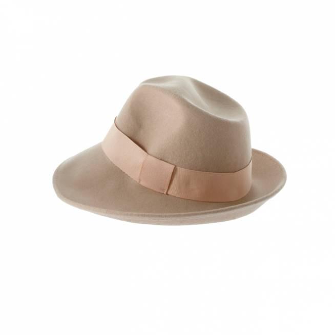 Sombreros under 20 ai??i??