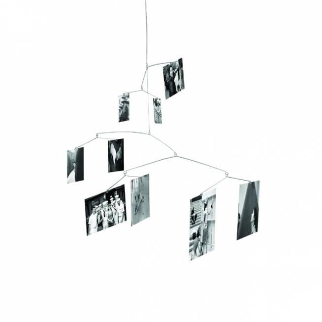 Móvil con fotos al estilo Ingo Mauer