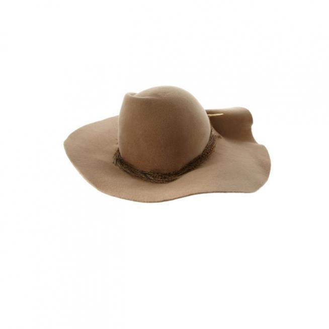 Sombrero perforado